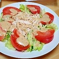 ごまドレッシングで簡単バンバンジー風サラダ