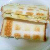トーストサンド/カルパスピクルスクリームチーズマヨ
