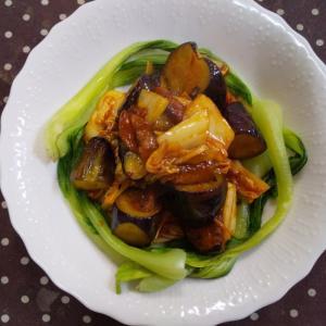 茄子と白菜のケチャップラー油炒め