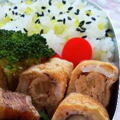 お弁当に❤白菜としめじの卵焼き