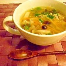 野菜たっぷり中華スープ