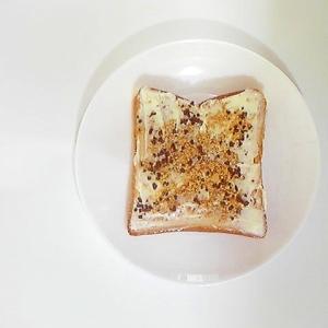チョコクランチきな粉パン