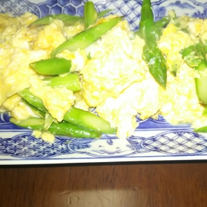 超簡単❗グリーンアスパラの卵炒め