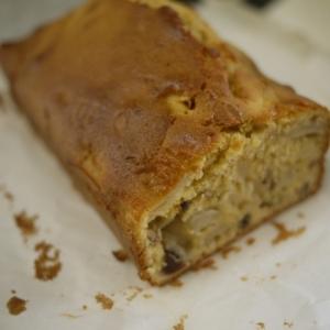 キャラメル風味のりんごケーキ