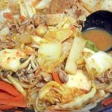 野菜たっぷりキムチ鍋