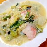 お腹にやさしくヘルシー☆白菜と鮭の豆乳煮