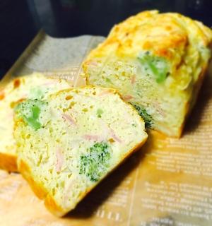 簡単朝食!ブロッコリーで基本のケークサレ