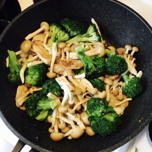 簡単☆豚肉とブロッコリーの中華風炒め