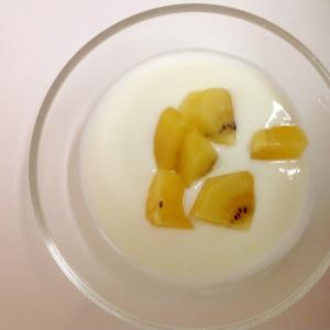 ++レモン果汁でさっぱり キウイヨーグルト++