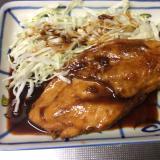塩砂糖水漬け鶏胸肉の甘辛照り焼き