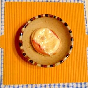 冷凍ハンバーグのトマトチーズ焼き♪