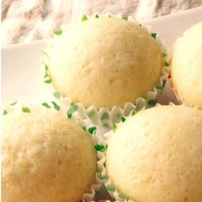 「蒸しパンの日」おやつにぴったり!蒸し器なくてもレンジなどで作れる蒸しパン