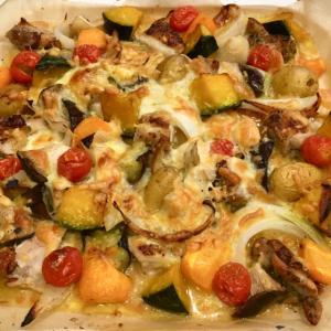 たっぷり野菜と鶏モモ肉のチーズオーブングリル焼き♪
