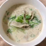 白菜ときのこの春雨豆乳スープ