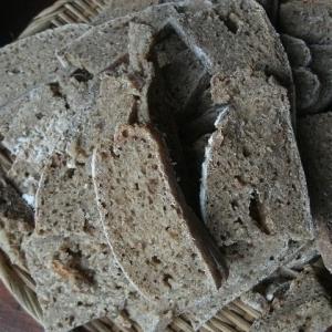 全粒粉の発酵パン