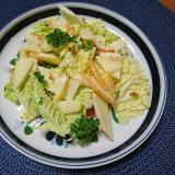 白菜と林檎のサラダ