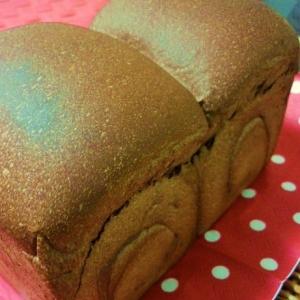 ミルクココアの山型食パン