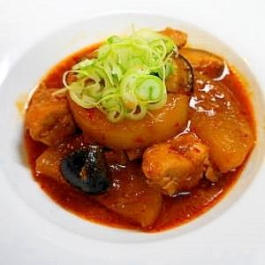 食欲をそそる美味しさ!大根と鶏肉のピリ辛煮