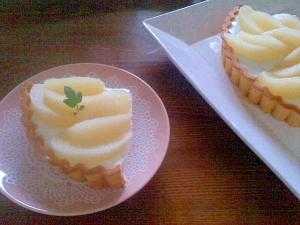 桃のレアチーズ風タルト