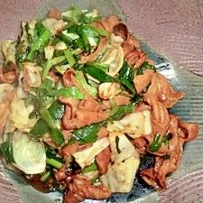 豚ホルモンとキャベツの炒め物