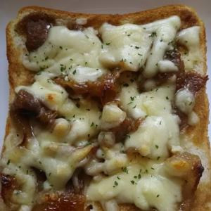 焼肉のたれで簡単(^^)焼肉トースト
