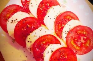 簡単♡トマトのカプレーゼ