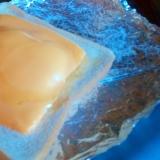 濃厚チーズのはちみつ卵トースト