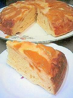 ★ 桃のしっとりホールケーキ♪炊飯器で超簡単!