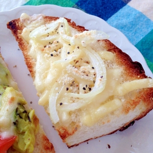 オニオンチーズのトースト♡