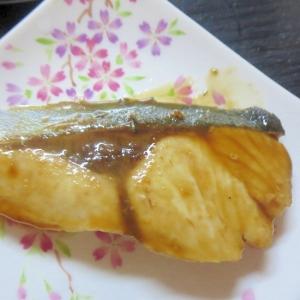 生姜風味のぶりの照り焼き