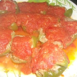 レンジで簡単☆イタリアンなピーマンの肉詰め