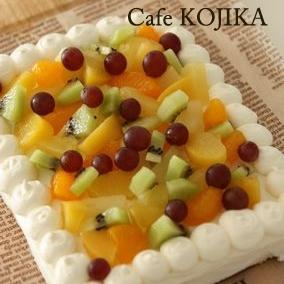 パーティーに☆スクエアのデコレーションケーキ