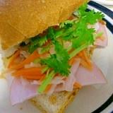 おうちでカフェめし♪ベトナム風サンド「バインミー」