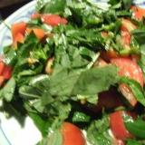 生モロヘイヤとトマトのサラダ