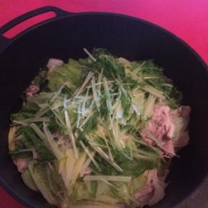 白菜と豚肉の蒸し鍋
