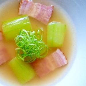 はぐら瓜とベーコンのスープ