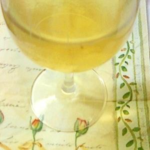 シンプルだけど飲みやすい☆ハニージンジャー白ワイン