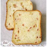 苺ミルク食パン