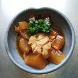 ほっこり美味しいサバ缶と大根の甘煮