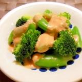 スナップエンドウとブロッコリーのサラダ