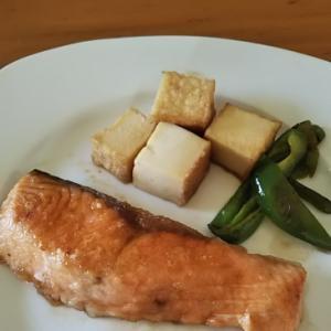 生鮭と厚揚げの照り焼き