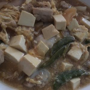 豆腐と鳥肉の卵とじ