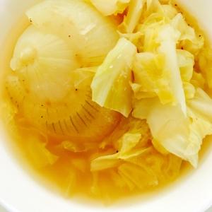 炊飯器使用☆新玉ねぎとキャベツのスープ