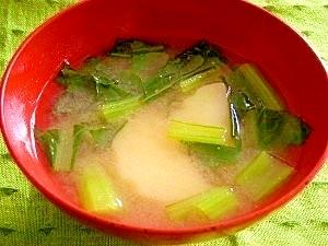 毎日のお味噌汁65杯目*楽天小松菜とジャガイモ