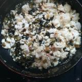 豆腐とごま高菜漬けの炒め物
