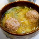 身も心もポッカポカ!白菜と肉団子の中華スープ
