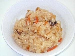 干し椎茸の出汁薫る炊き込みご飯
