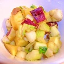 薩摩芋と干しセロリのサラダ
