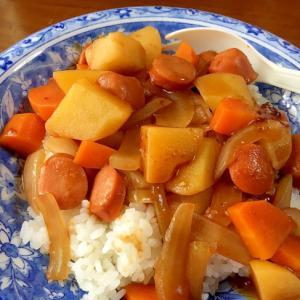 ウインナーとコロコロ野菜のハヤシライス