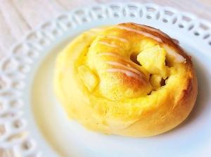 美味しすぎ♡りんごとカスタードのパン